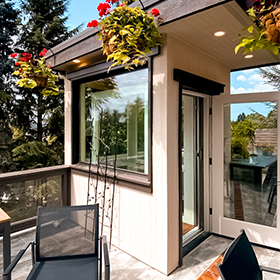 Elvoron Home Elevator on a sunny rooftop deck in Seattle, Washington, USA