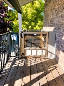 Outdoor Genesis Enclosure at restaurant, upper landing